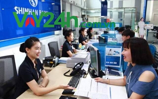 Để không mất thời gian chuẩn bị hồ sơ hãy liên hệ với nhân viên của ngân hàng để được tư vấn về thủ tục một cách chính xác và đầy đủ