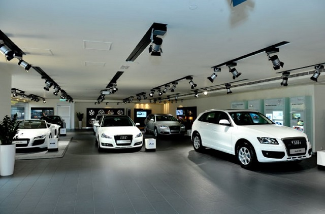 Vay mua ô tô trả góp, lợi hay bất lợi?