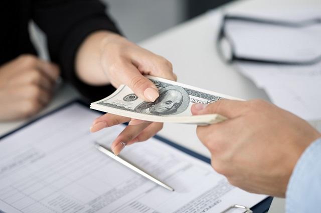 Lãi suất khi vay tín chấp dựa vào bảng lương