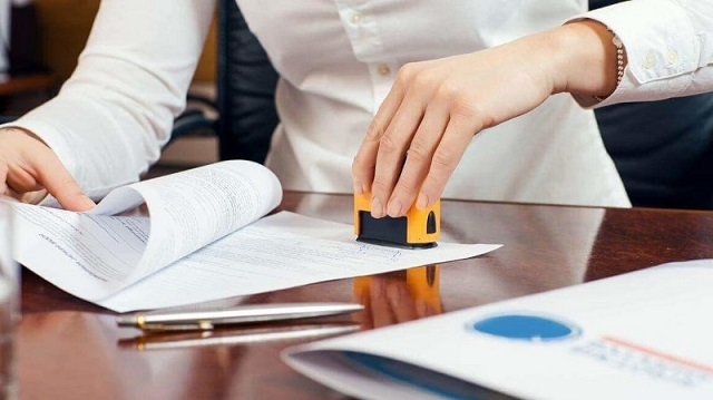 Để được xét duyệt hồ sơ nhanh chóng, khách hàng nên chuẩn bị đầy đủ các giấy tờ cần thiết mà công ty quy định