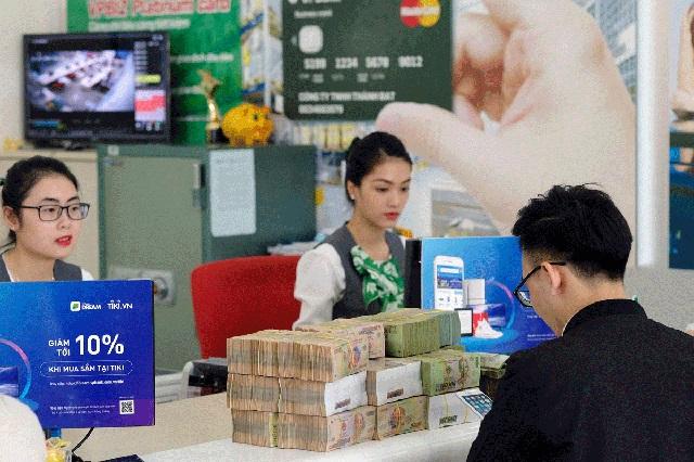 Những ngân hàng hỗ trợ vay tín chấp bằng hóa đơn điện